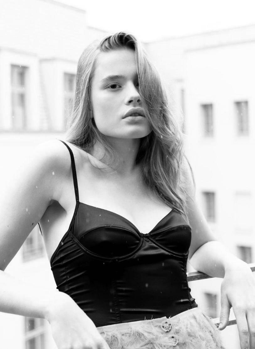 Model of the Week: Jule Hoeing