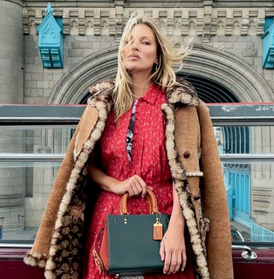 Coach Relaunches Cult Handbag with global campaign featuring Kate Moss and Jennifer Lopez